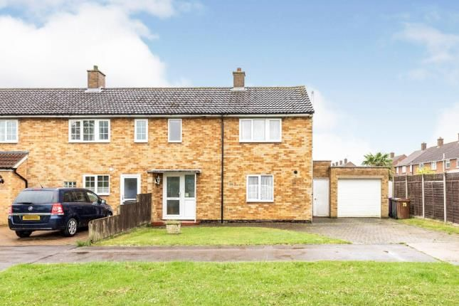 Thumbnail End terrace house for sale in Northfields, Letchworth, Hertfordshire