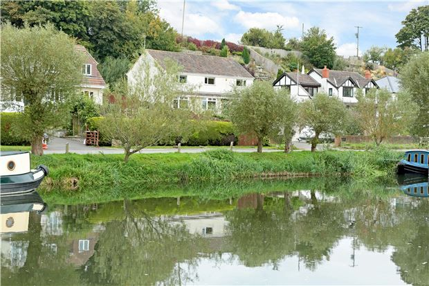 Thumbnail Detached house for sale in Mead Lane, Saltford, Nr Bath
