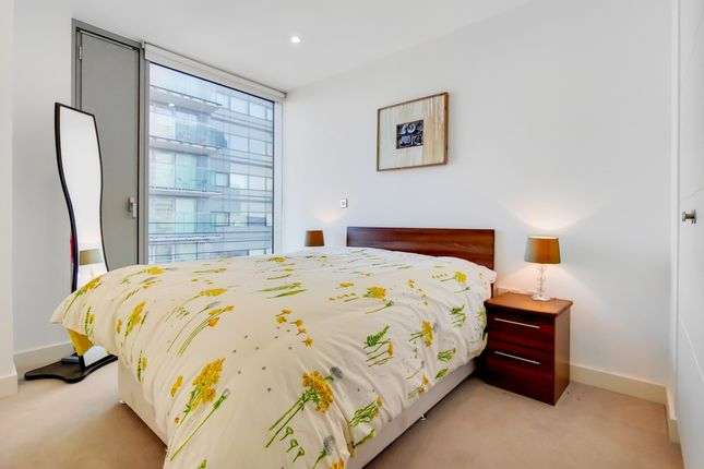 6_Bedroom 2-0 of Marsh Wall, London E14