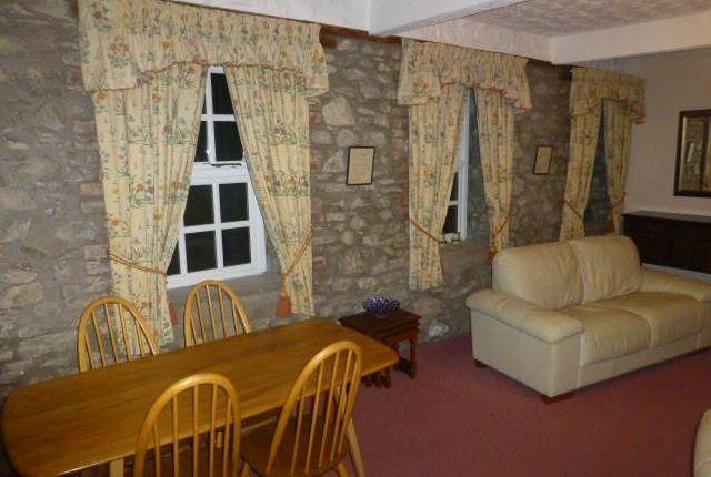 Thumbnail Flat to rent in Llanpumsaint, Carmarthen