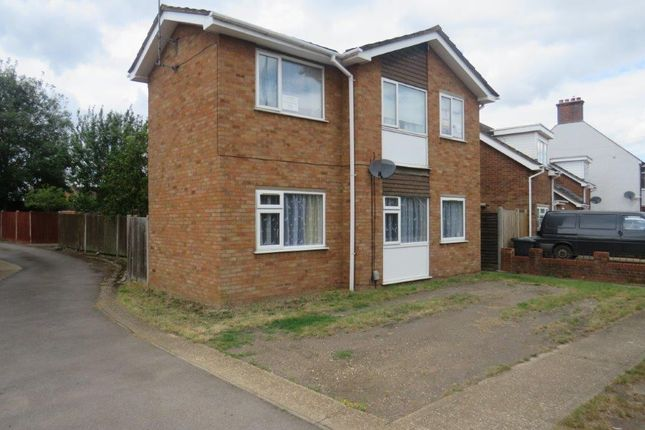 Thumbnail Flat to rent in High Street, Flitwick, Bedford