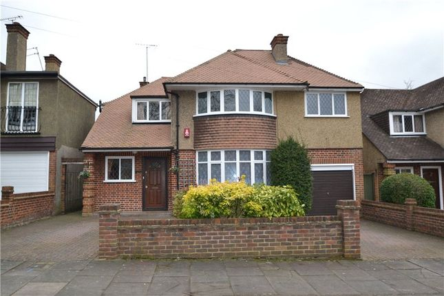 Thumbnail Detached house to rent in Cassiobury Drive, Watford