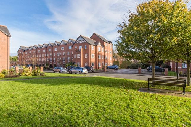 1 bed flat for sale in Gardinar Close, Standish, Wigan WN1