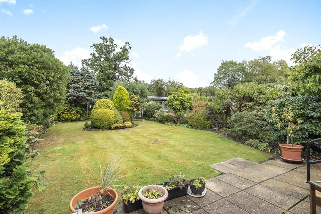 Picture No. 12 of Hillside Road, Northwood, Middlesex HA6
