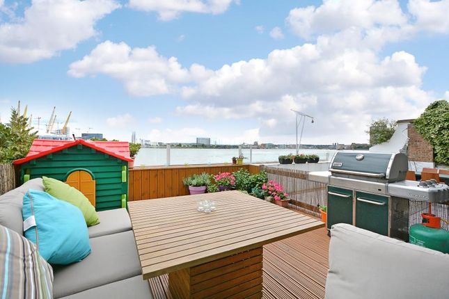 Thumbnail Property for sale in Cold Harbour, London