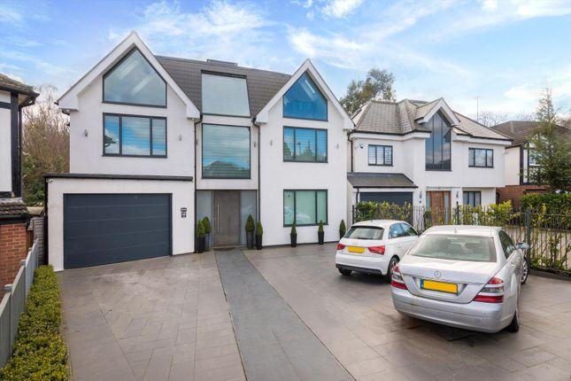 Thumbnail Detached house for sale in Parkgate Avenue, Barnet