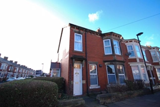 Thumbnail 3 bed flat for sale in Whitefield Terrace, Newcastle Upon Tyne
