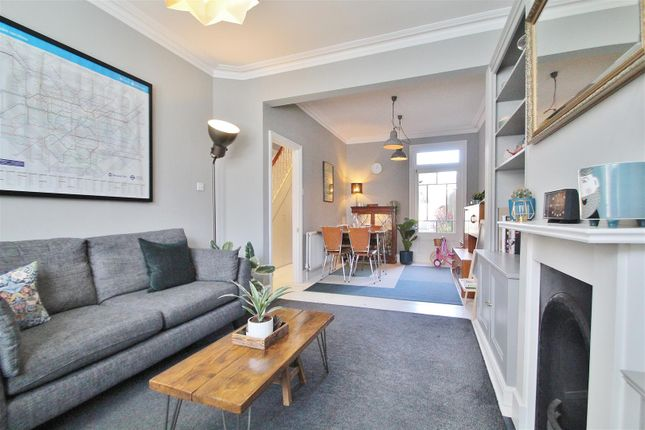 Thumbnail Property to rent in Newton Road, Isleworth