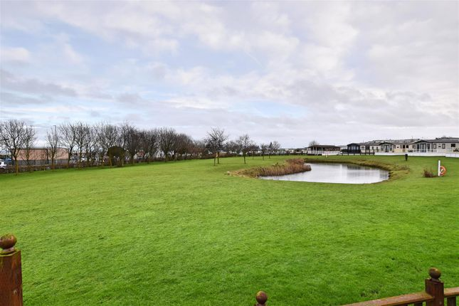 Lake View of South Cliff, Hornsea HU18