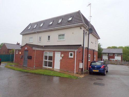 Thumbnail Flat to rent in Swinton Vale, Swinton