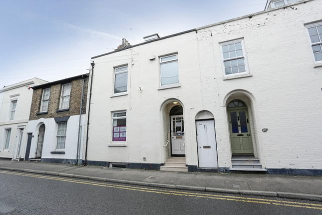Thumbnail Commercial property for sale in Park Street, Deal