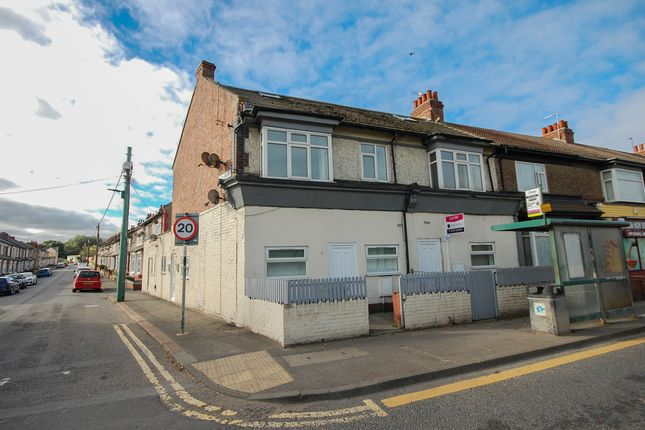 Thumbnail Flat to rent in Queen Street, Carlin How