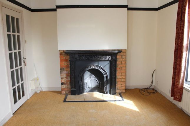 Thumbnail Flat to rent in High Street, Weedon, Northampton