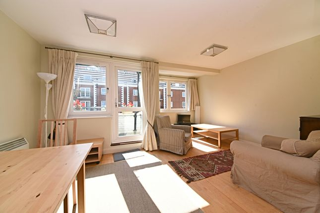2 bed flat for sale in Wimborne House, Harewood Avenue, London