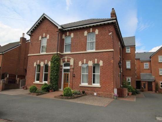 Thumbnail Flat to rent in Dean Court, Preston