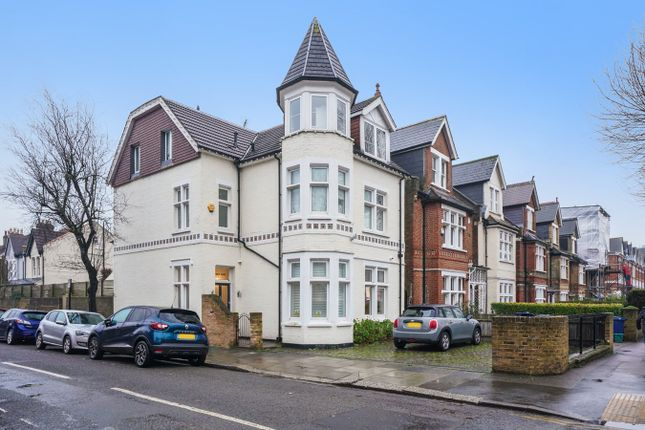 Thumbnail Detached house to rent in The Avenue, Ealing