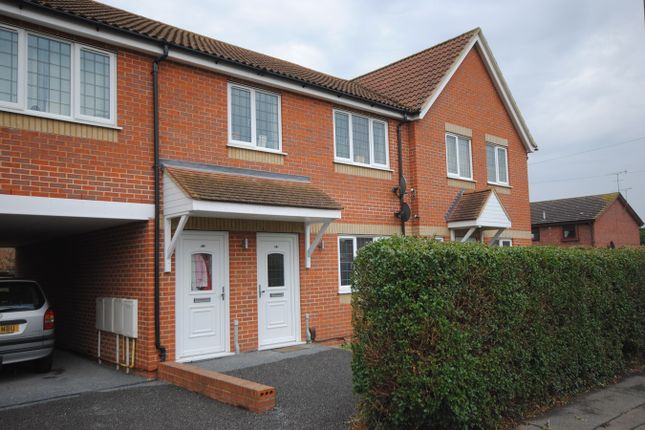 Thumbnail Maisonette for sale in Park View Crescent, Great Baddow, Chelmsford