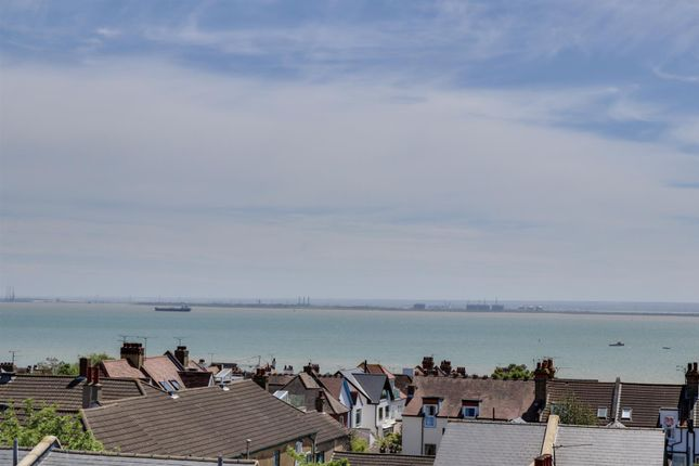 Thumbnail Flat for sale in Southside, Leigh Road, Leigh-On-Sea, Essex