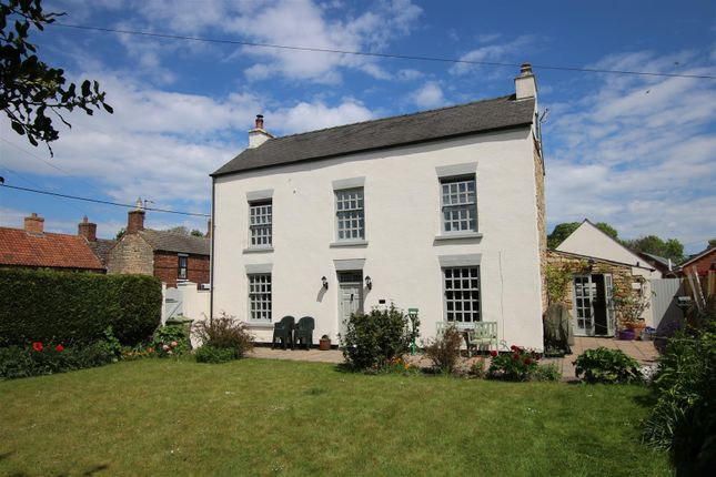 4 bed detached house for sale in High Street, Reepham, Lincoln LN3