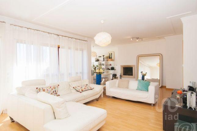 Thumbnail Apartment for sale in Queluz E Belas, Queluz E Belas, Sintra
