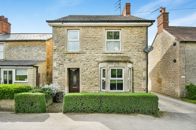 Thumbnail Detached house for sale in Oxford Road, Calne