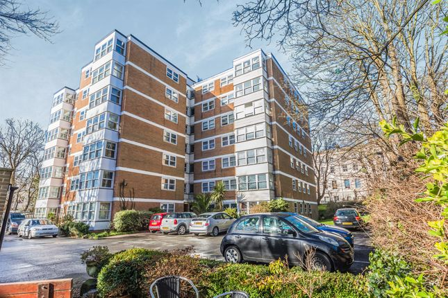 2 bed flat for sale in Montpelier Road, Brighton