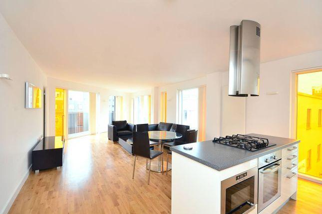 Thumbnail Flat to rent in Leeke Street, King's Cross