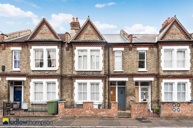 Thumbnail Flat for sale in Wooler Street, London