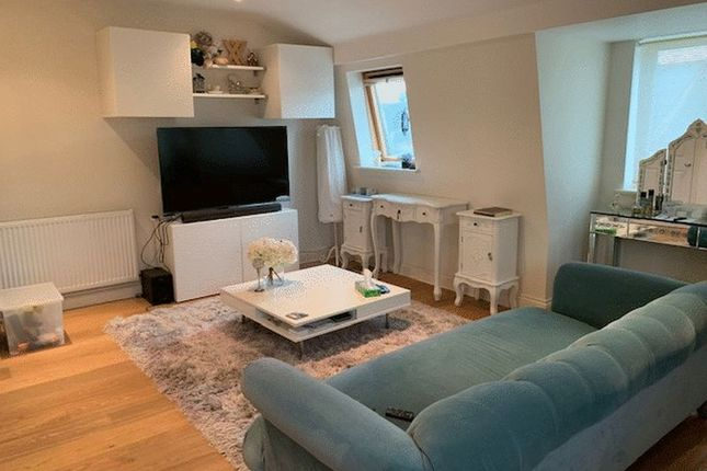Thumbnail Property to rent in Claremont Road, St Margarets, Twickenham