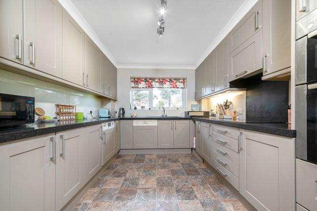 Thumbnail Flat for sale in Shortlands Road, Bromley