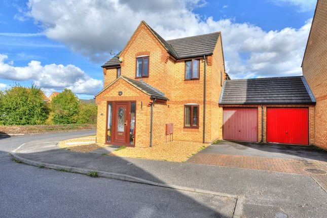4 bed detached house for sale in Tynemouth Rise, Monkston, Milton Keynes