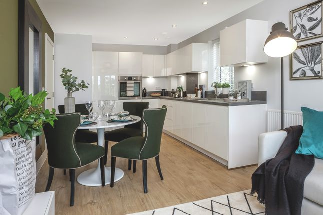 Thumbnail Flat for sale in Broadwater Gardens, London