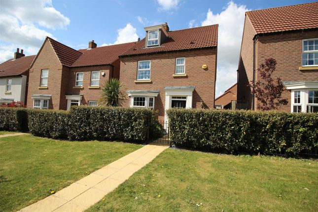 4 bed detached house for sale in Vetch Walk, Rugby CV23