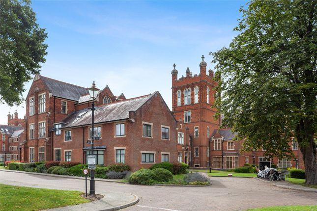 4 bed flat for sale in Windsor House, King Edward Place, Bushey, Hertfordshire WD23