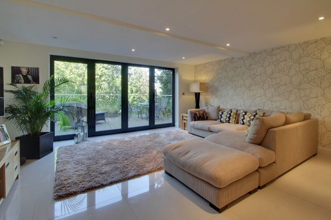 Thumbnail Town house to rent in Kentish Gardens, Tunbridge Wells
