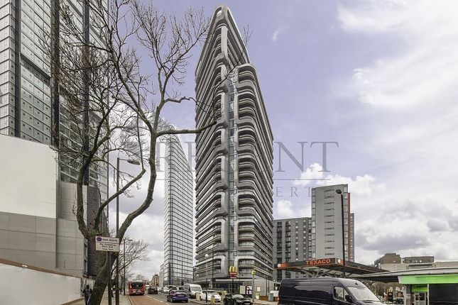 Thumbnail Flat to rent in Canaletto Tower, City Road