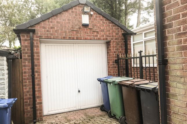 Garage of Peveril Close, Whitefield M45