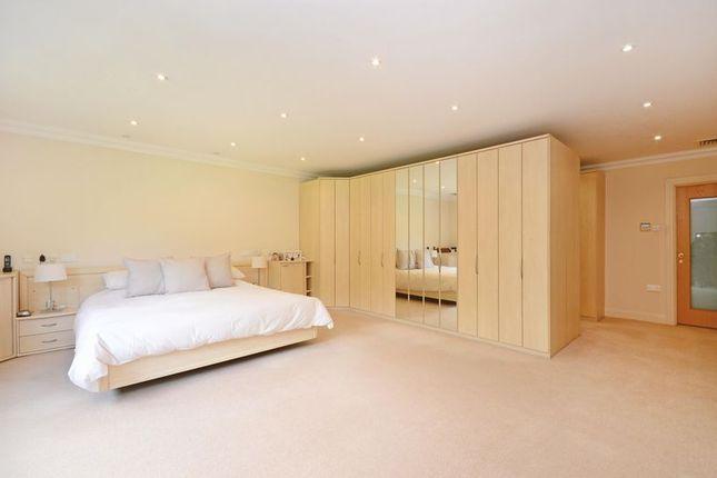 Master Bedroom of Rivendell, Derriman Glen, Ecclesall, Sheffield S11