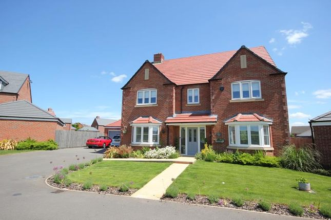 Thumbnail Detached house for sale in Pineview Drive, Leigh Sinton, Malvern, Worcestershire