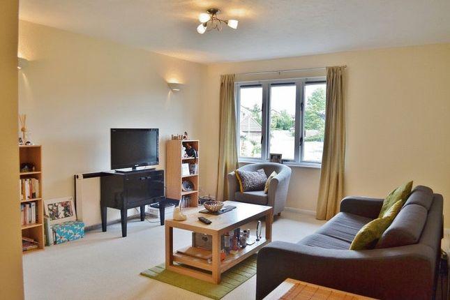 Thumbnail 1 bed flat to rent in Fox Furlong, Littlemore, Oxford
