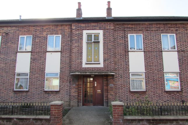 Thumbnail Flat for sale in Mount Pleasant, Wembley