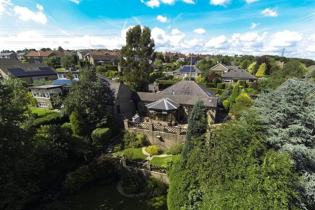 Thumbnail Detached house for sale in Stainland Road, Barkisland