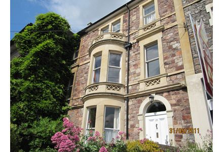 Thumbnail Terraced house to rent in Hotwell Road, Bristol