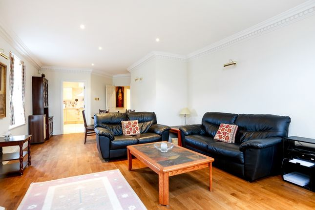 Thumbnail Flat to rent in Clearwater Place, Long Ditton, Surbiton, Surrey
