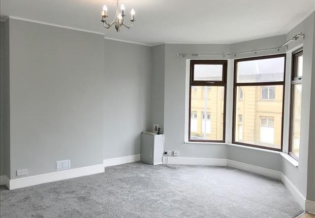 Thumbnail Flat to rent in Regent Road, Morecambe