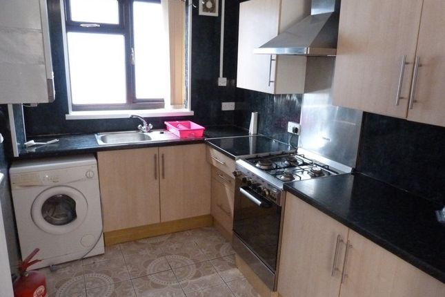 Thumbnail Flat to rent in Thesiger Street, Cathays, ( 4 Beds )