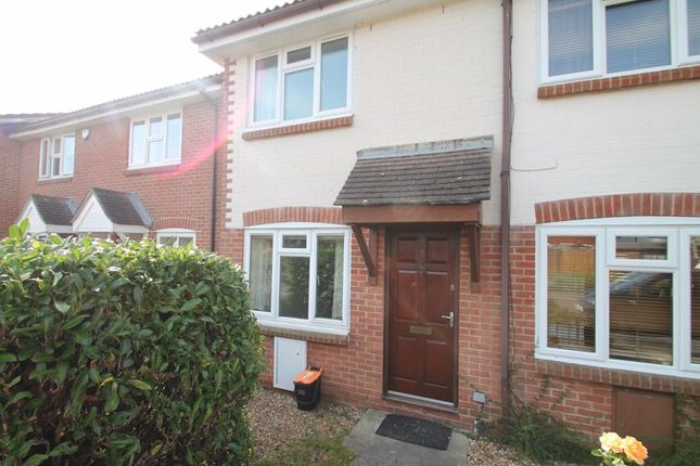 2 bed end terrace house to rent in St. Andrews Close, Paddock Wood, Tonbridge TN12