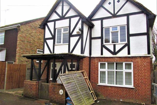 Thumbnail Semi-detached house to rent in Burnham Lane, Burnham, Slough