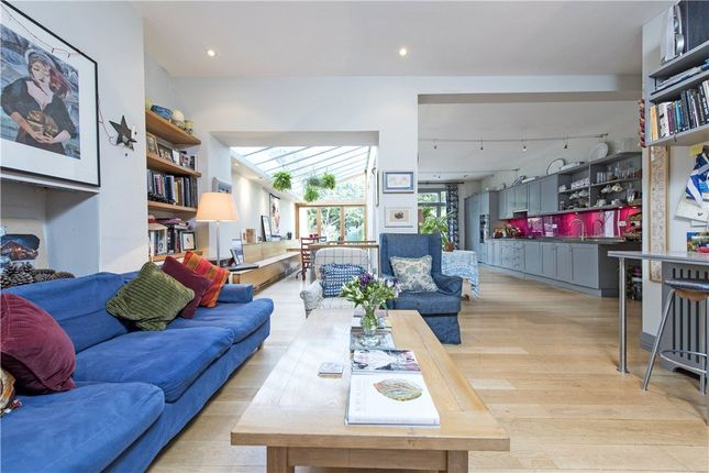 Thumbnail Terraced house for sale in Drakefield Road, London
