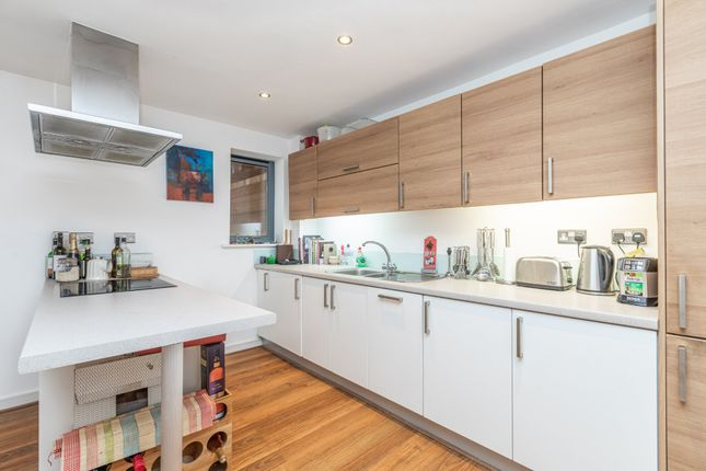Fitted Kitchen of The Waterfront, Hertford SG14
